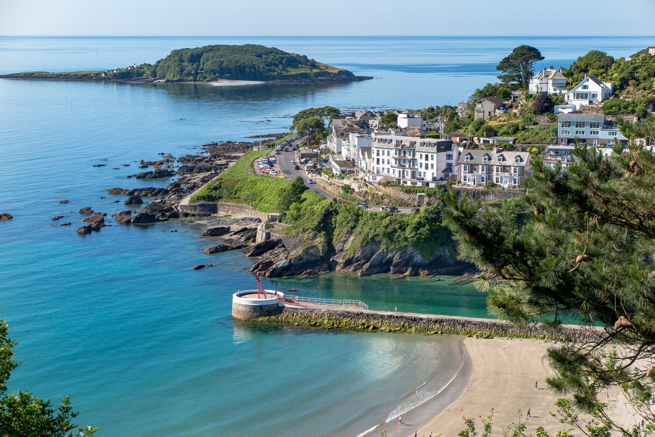 places to visit in Looe