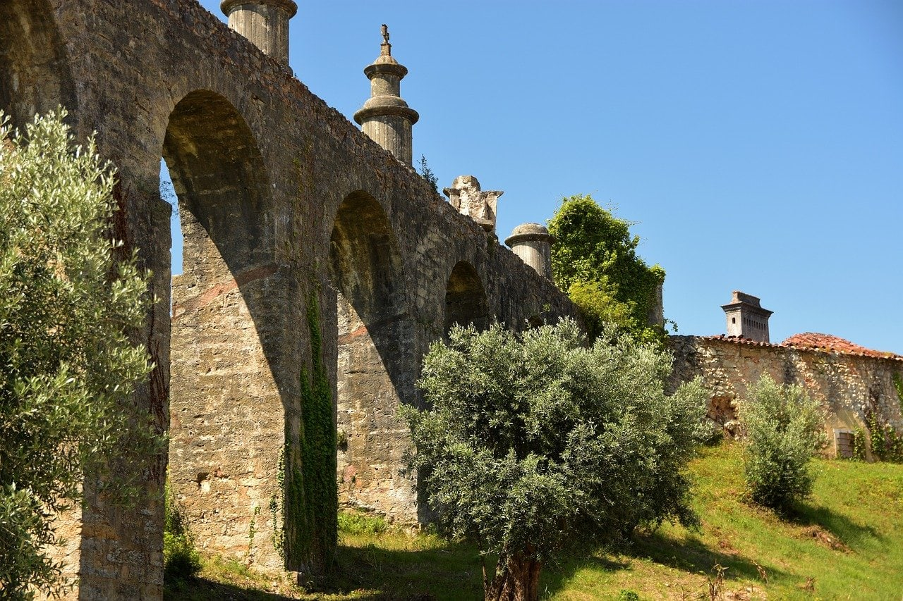 Off the beaten path day trips from Lisbon