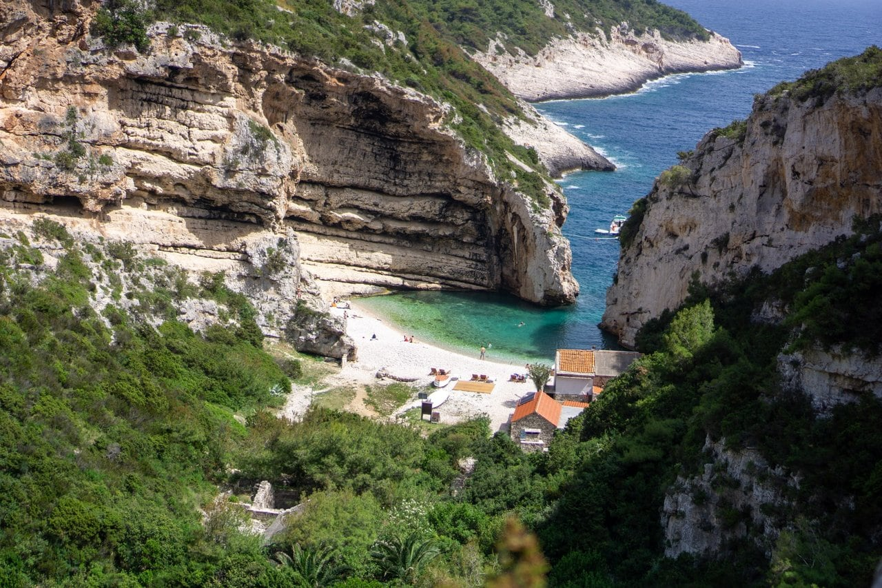 Stiniva Cove, accessible on a 5 island tour from Split